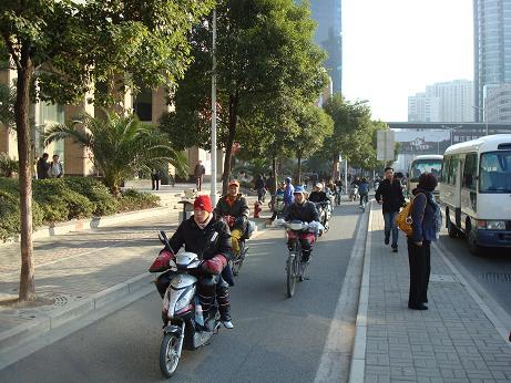 Les deux roues à Shanghai - un vrai danger