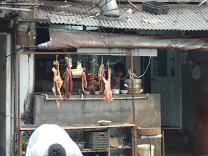 Exposition des viandes dans un restaurant à Shanghai