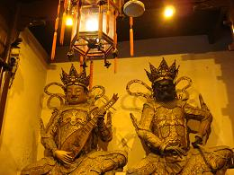 Intérieur temple chine