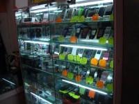 Vitrine avec de faux téléphones à Shanghai