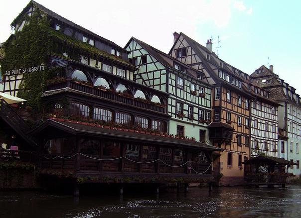 La petite France de Strasbourg depuis le bateau
