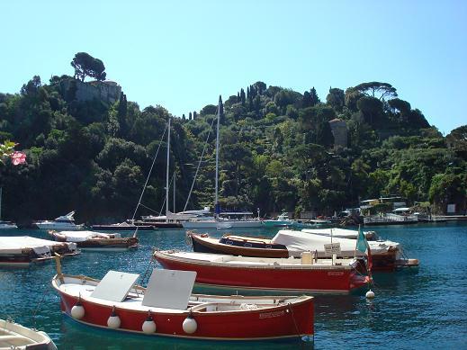 En arrière plan le château de Portofino